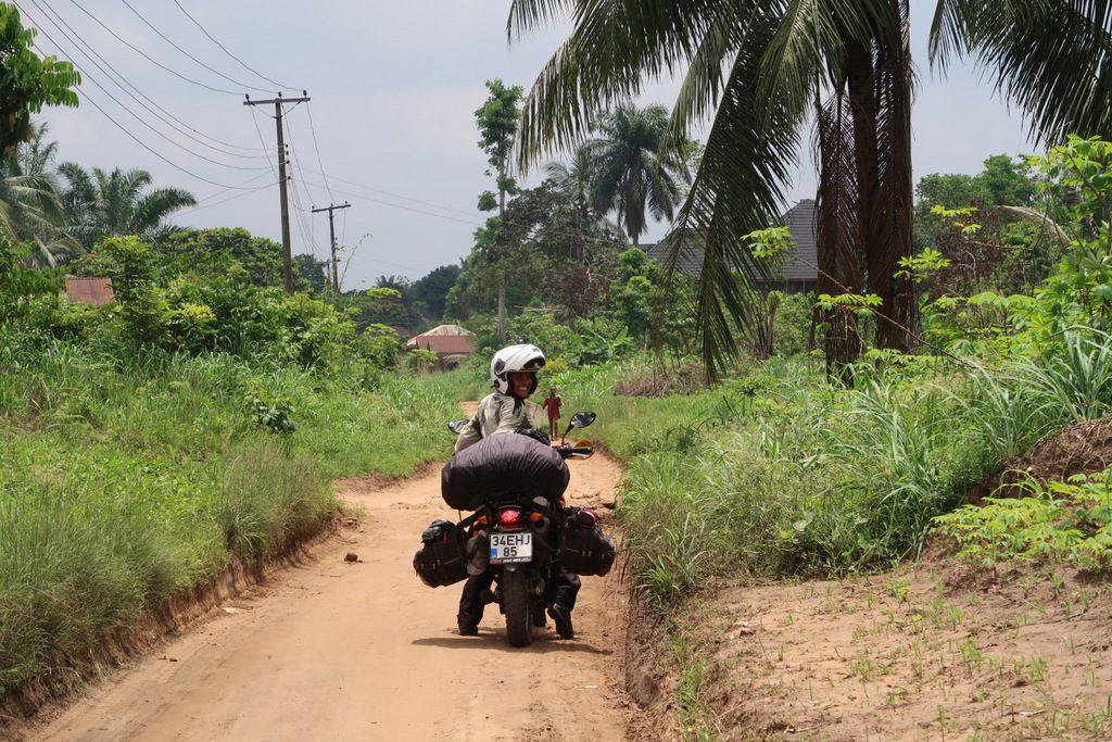 Bati Afrika motosiklet rotasi Nigerya