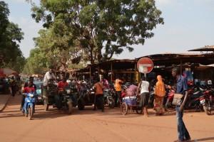 motorcycle-bobo-market-brukina-faso